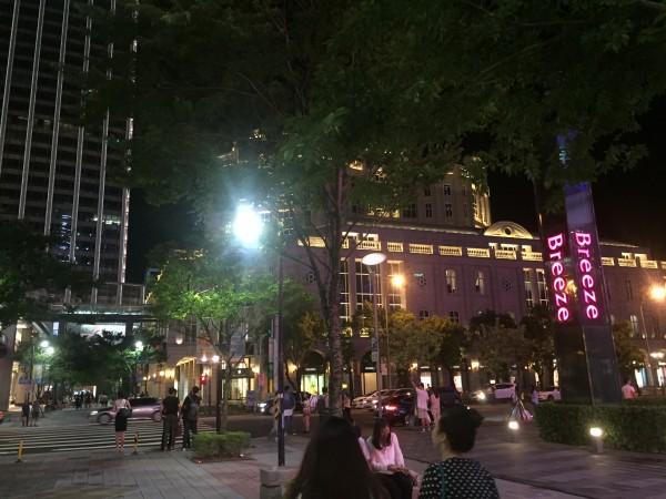 台北でテロ